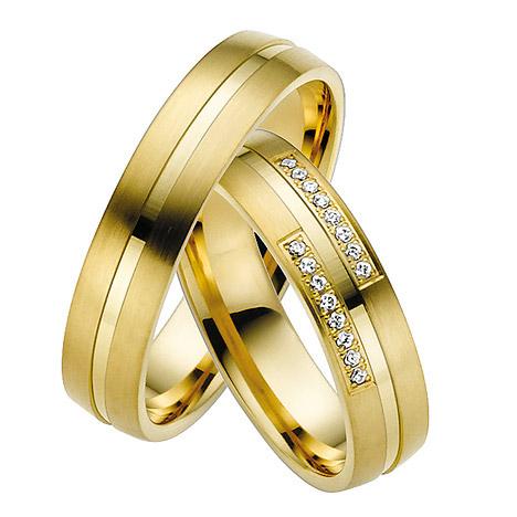 LOVE by Goettgen Trauringe Paar, Gelb 333 Gold, Eheringe, bei Damenring inkl. 16 Brillanten