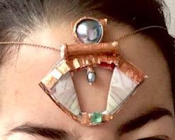 Anhaenger mit Jaspis, Turmalin und Perlen