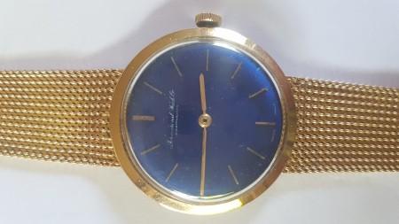 Erbstück International Watch Co Schaffhausen in Gold mit blauem Ziffernblatt