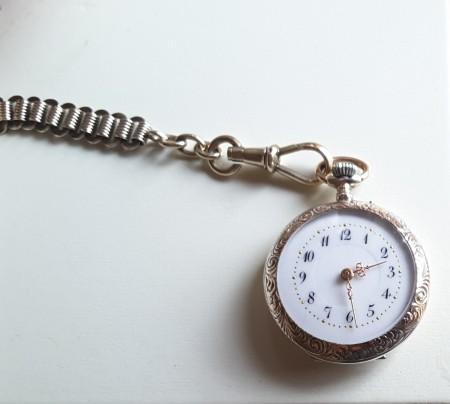 Uhr nur zum Anschauen?