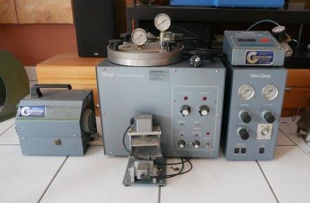 Suche Bedienungsanleitung für diesen Yasui Vakuum Wachs Injektor