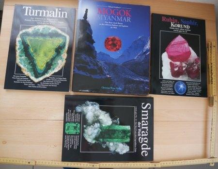 Verkaufe 4 Edelstein Fachbücher