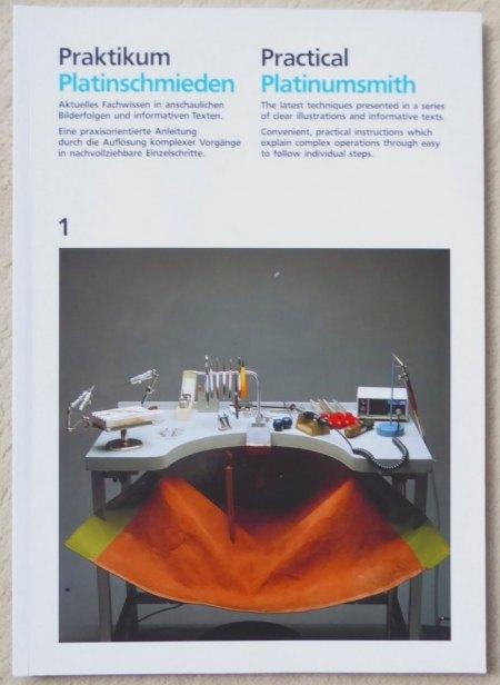 """2 Ausgaben """"PRAKTIKUM GOLD/PLATIN-SCHMIEDEN"""" zu verkaufen"""