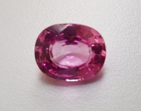 Biete Pink Saphir 14.51 Ct  und Blau Saphir 11.23 ct. zum Verkauf an.