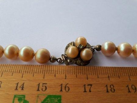 Bitte um Wertschätzung einer Perlenkette