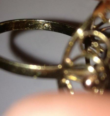 Goldpunze in Ring - Identifizierung?
