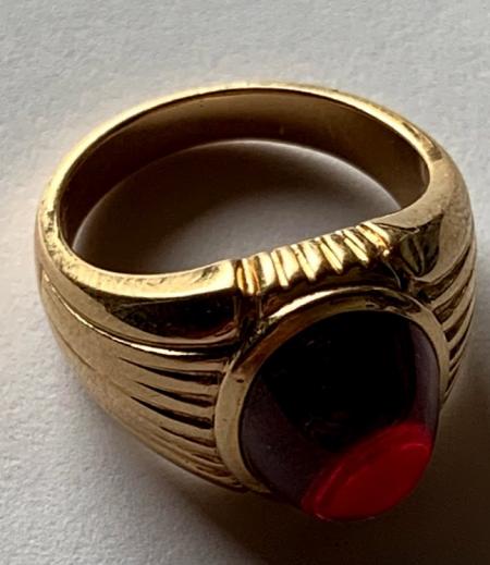 Goldring mit rotem Stein - Frage zu Bedeutung der Punze und ungefährer/geschätzter Verkaufswert