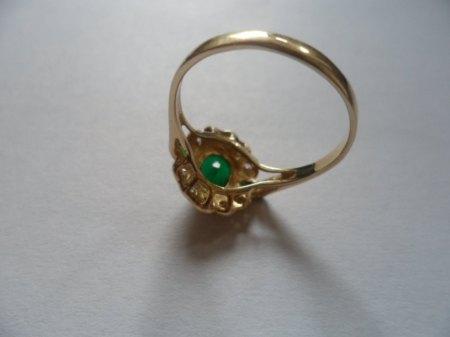 Ring Gold 585 Stein Smaragd? Diamanten? Was mag das Erbstück Wert sein?