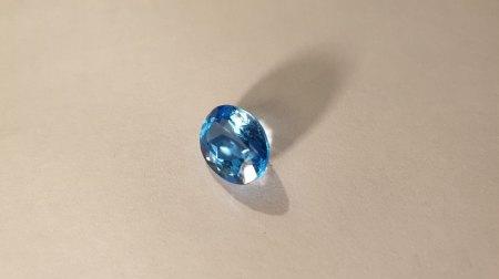 Bewertung/Hinweise/Tipps für hellblauen Edelstein