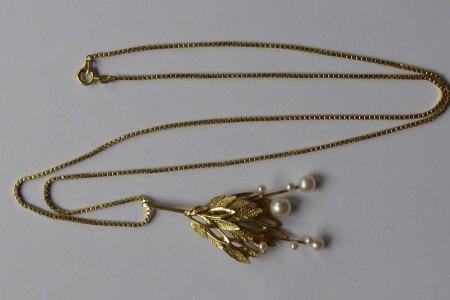 585 Goldkette mit (ausgefallenem?) Anhänger, bewegliche/pendelnde Perlen