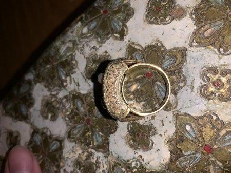 Art Déco Ring mit Perlen, Steinen und Granulation