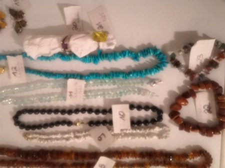Edelsteinketten/-armbänder