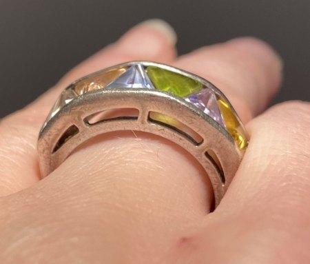 Erbstück Ring, Steine Modeschmuck? Sonst 925 Silber?