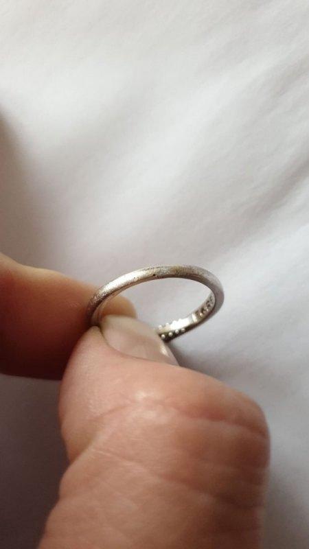 Verlobungsring weiten lassen - was ist da passiert?