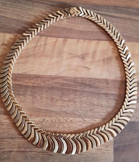 Halskette K9 echt Gold ?