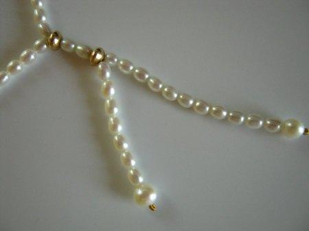Perlenkette mit Abhängung