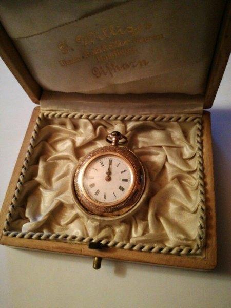 Damen-Taschenuhr aus 585 Gold; Wertschätzung und Herkunft?