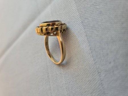Habe einen ring von meiner oma was were er den ca wert