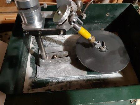 Flachschleifmaschine, gibt es eine Anleitung für Diese?