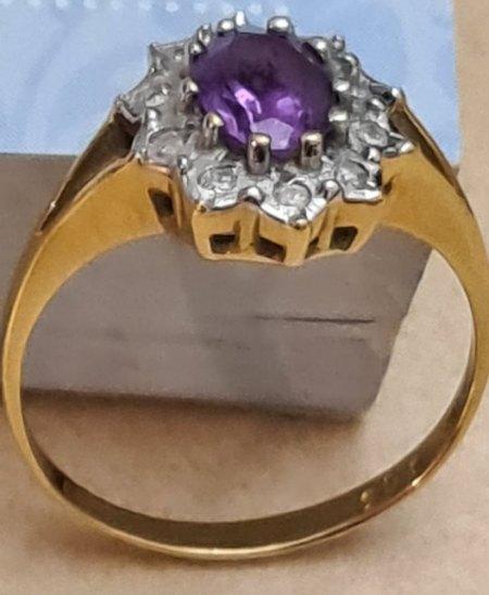 Ring 750 Was könnten das für Steine sein und eventuelle Wert