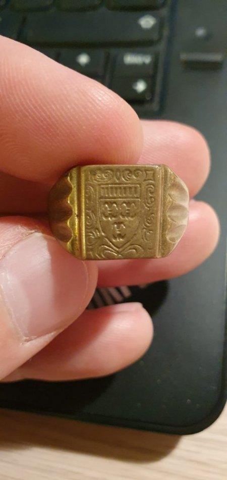 Alte Ringe von Großeltern gefunden