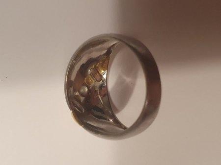 Ist denn dieser Ring wertvoll ?