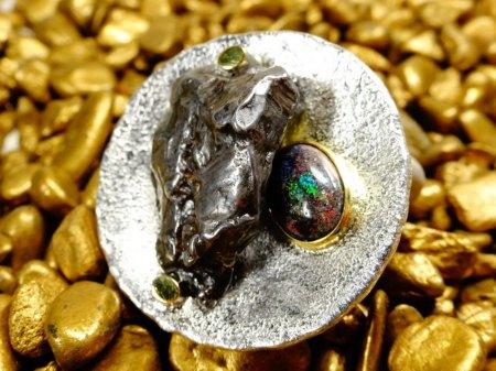 Andamooka-Opal färben