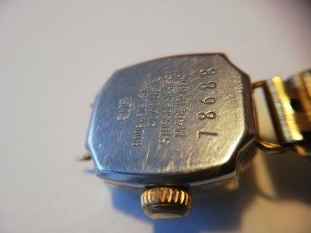 Gub-Uhr identifizieren bzw. mehr Details?