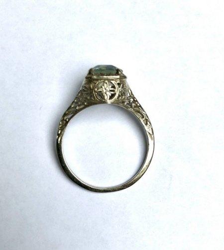 Alter Ring victorianischer Stil