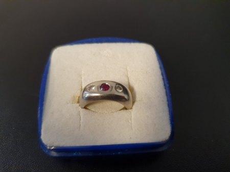 Damenring Gold 2 Diamant (0.12 CT) Rubin (No. 12)