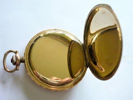 Longines vergoldete Taschenuhr mit doppelseitigem Springdeckel