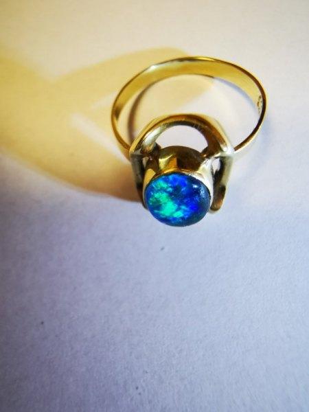 Vermutlich alter Opalring