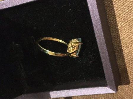 Ring 14 Karat Gold (585) mit Stein Marquise Schliff ?