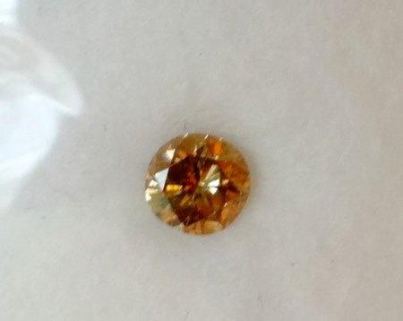 Cognacfarbiger Brillant - 0,285 Carat - aus Goldschmiede zu verkaufen