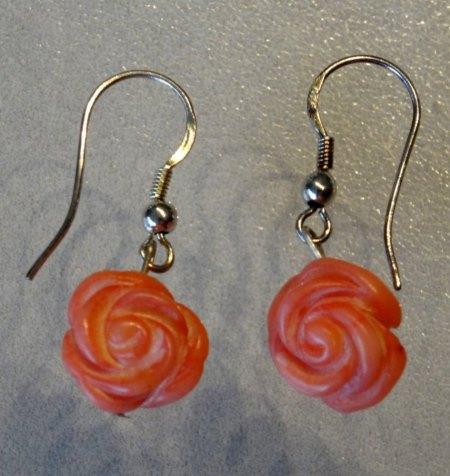 2 Paar Korallen-Rosen Ohrhänger aus Goldschmiedewerkstatt zu verkaufen