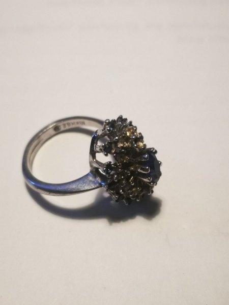 Omas Ring