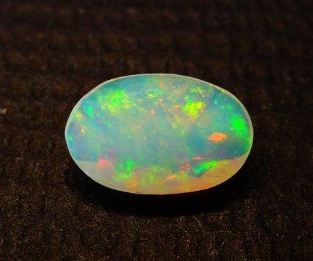 Welo Opal - oval facettiert - 0,8 Carat aus Goldschmiede zu verkaufen (4)