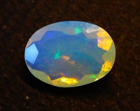 Welo Opal - oval facettiert - 1,8 Carat aus Goldschmiede zu verkaufen (6)
