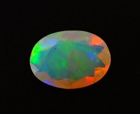 Welo Opal - oval facettiert - 1,55 Carat aus Goldschmiede zu verkaufen (7)