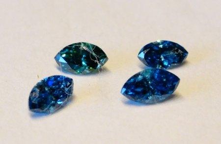 4 Diamant-Navette - fancy blau - aus Goldschmiede zu verkaufen