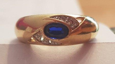 Kann jemand etwas zu diesem Ring sagen?