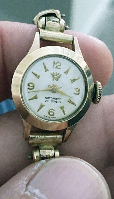 Kennt jemand diese Damen-Armbanduhr (Automatic 23 Jewels)