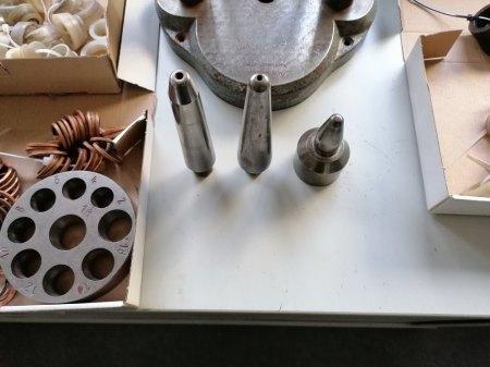 Niessing  Ringweitenänderungsmaschine mit viel Zubehö