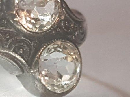 Ring vermutlich Silber 2 Diamanten