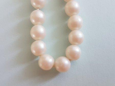 Perlenkette Y. Roche