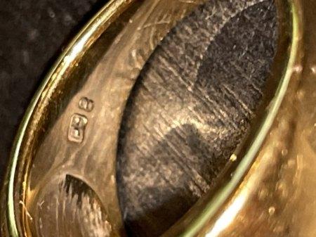 Goldring Punzierung